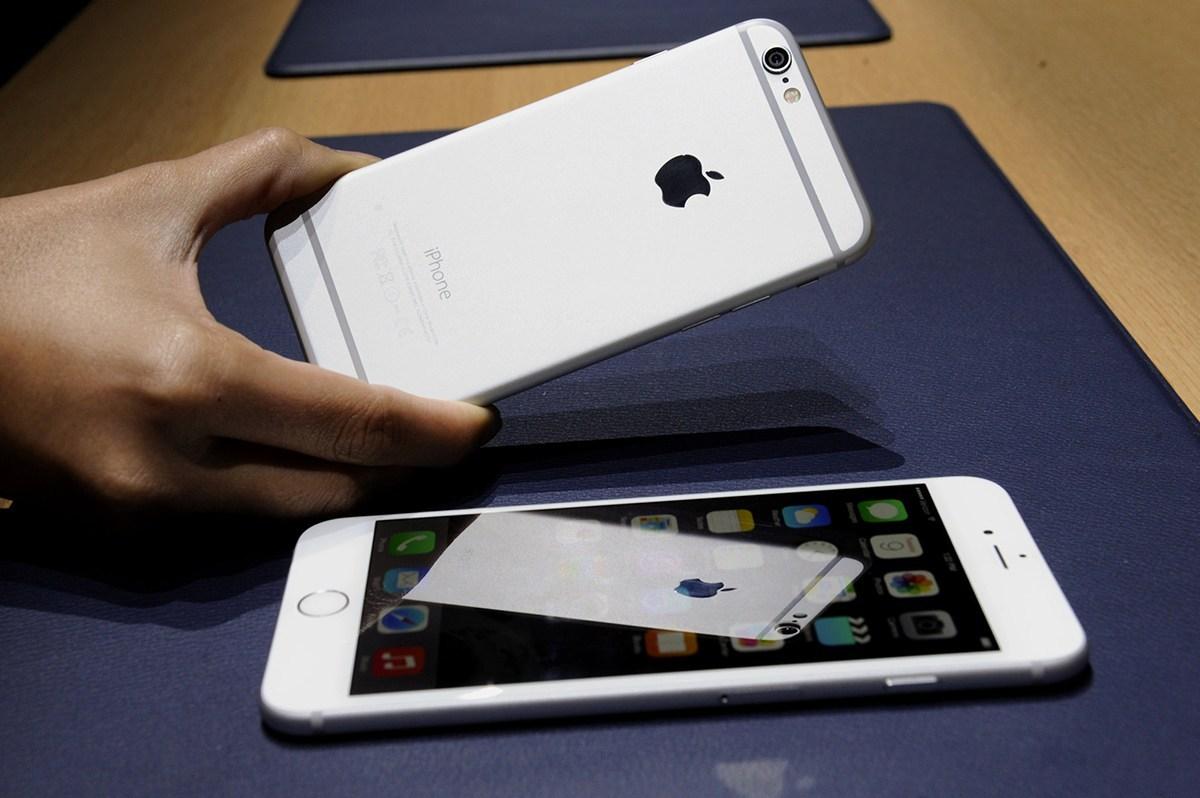 穷逼为什么能用着最新款的iPhone?